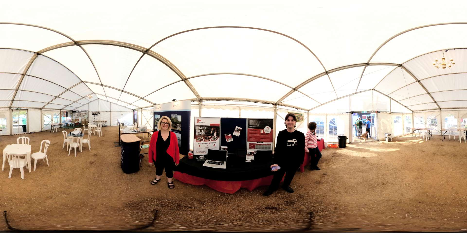 Zeus Exhibition Stand : The national boat sharers show in northampton zeus